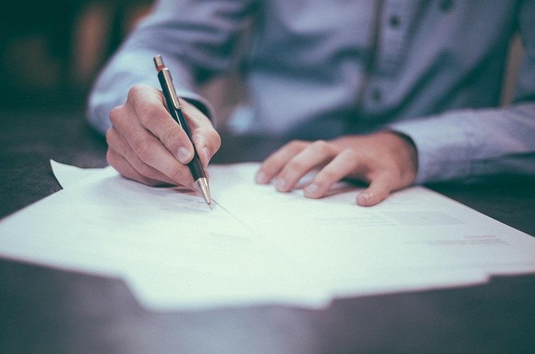 Kontraktsskrivning